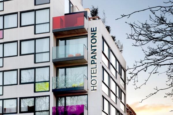 pantone-hotel-02
